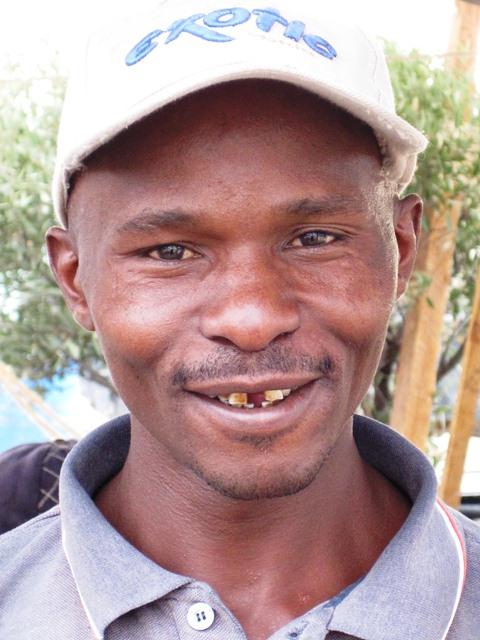 portrait of Mutuku King'oo